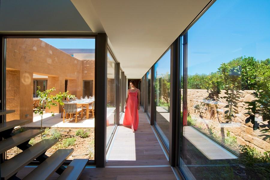 villa alivia corridor view